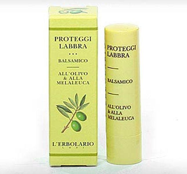 L'Erbolario Proteggi Labbra Balsamico: labbra morbide ed elastiche grazie al contenuto in olio d'oliva e olio essenziale di melaleuca