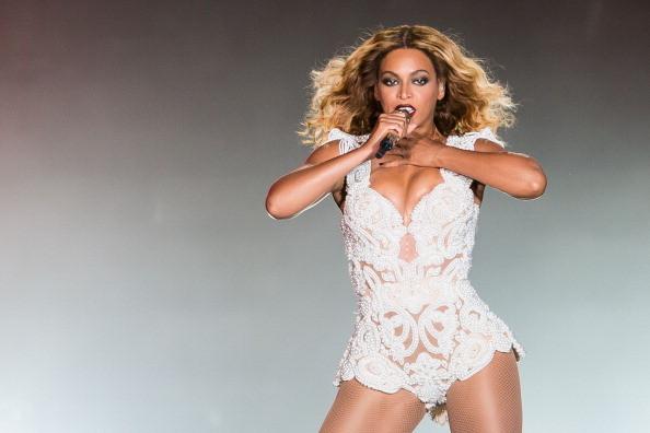 Beyoncé sul palco di Rio de Janeiro