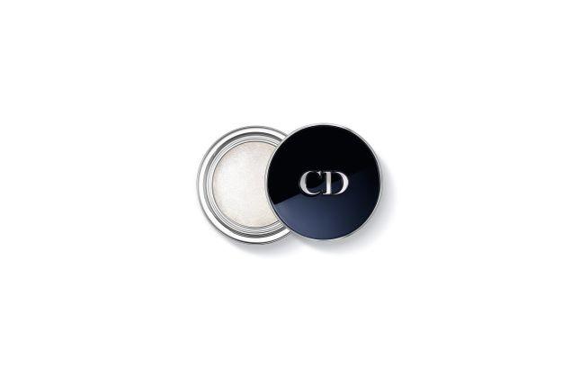 E' morbido, dal finish metallico e intenso l'ombretto in crema Diorshow Fusion Mono Lune