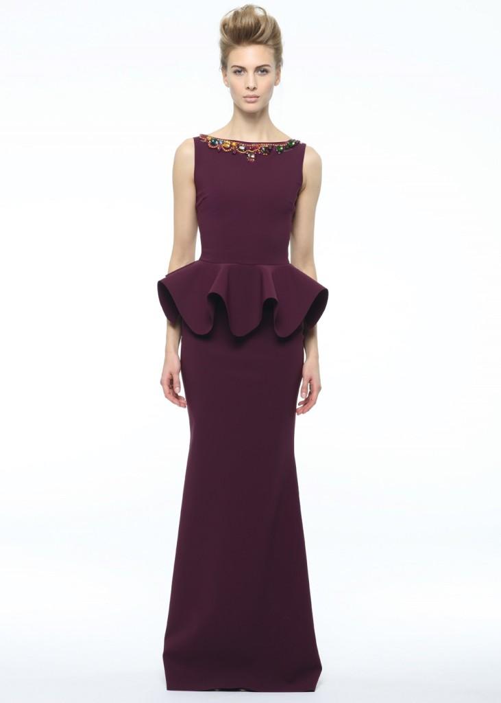 Abito Eden Long Jewel di Chiara Boni collezione A/I 14-15 con gioielli sullo scollo e balza importante in vit