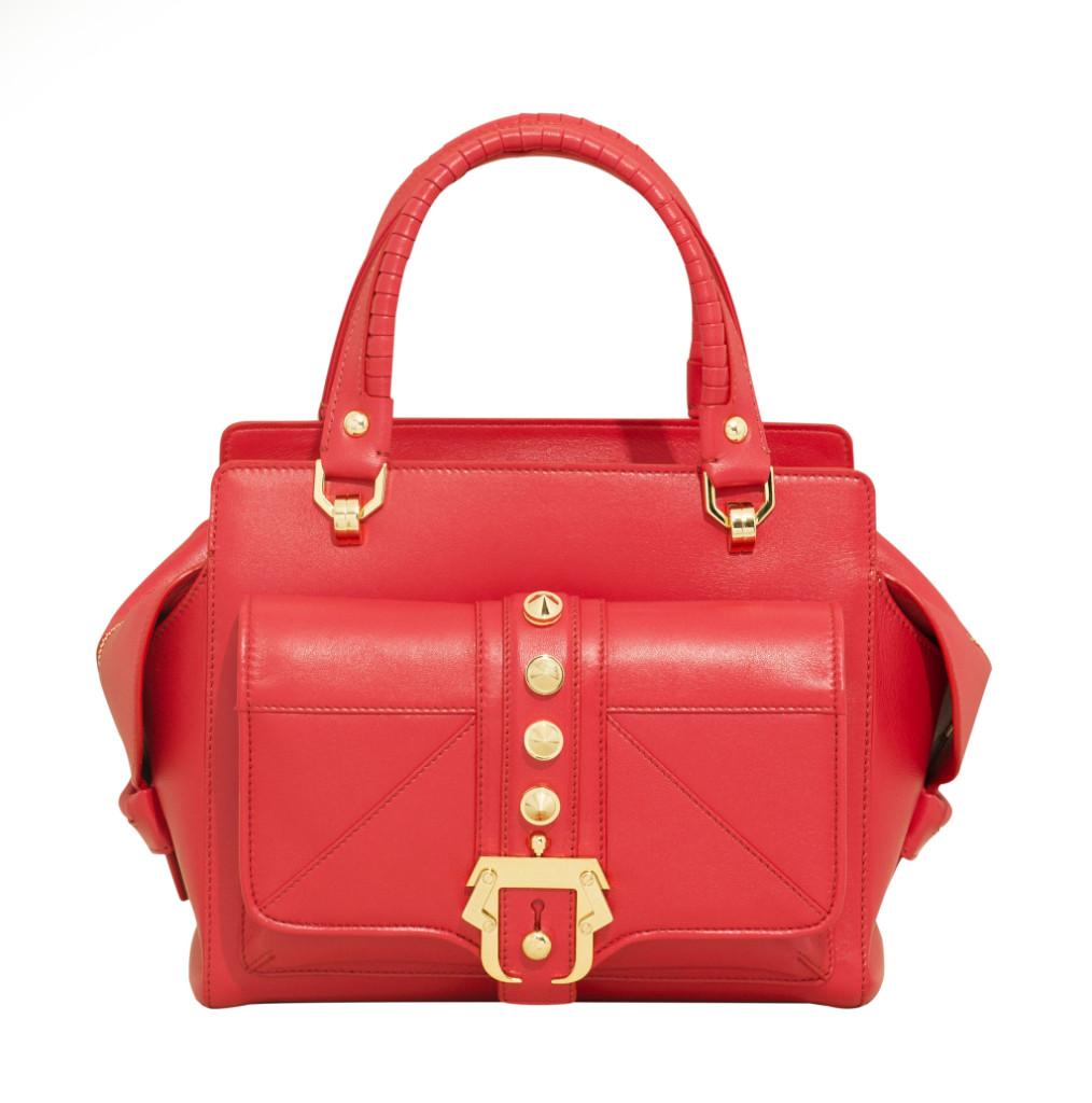 Borsa a mano in nappa murder red con maxi borchie e fibbia in metallo dorato lucido