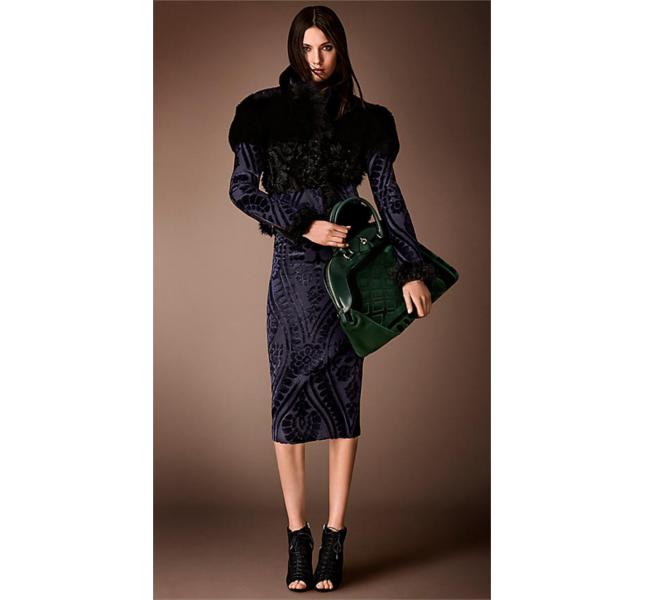 Gonna a tubo stile arazzo in jacquard e giacca patchwork con arazzo / Burberry fw 2014