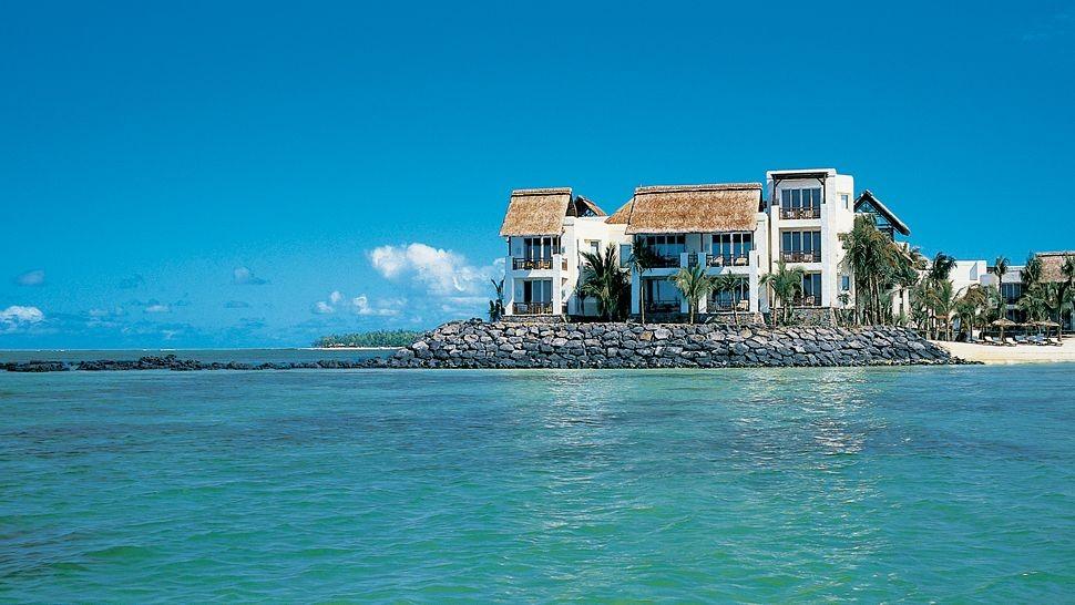 Soggiornare in un resort quasi sospeso sull'oceano