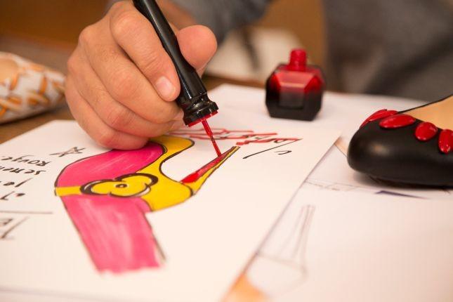 L'ispirazione della collezione Louboutin smalti? Lo stilista la spiega così: