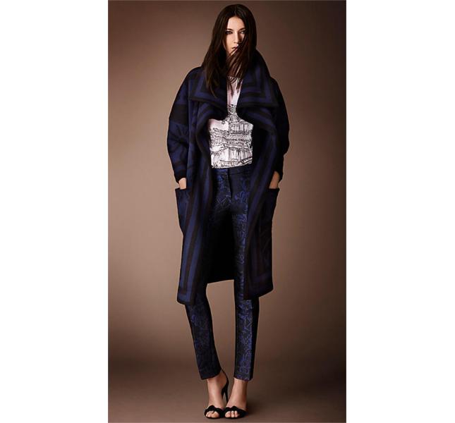 Mantella lavorata a maglia, maglia e pantaloni jacquard con motivo inglese a riquadri / Burberry fw 2014