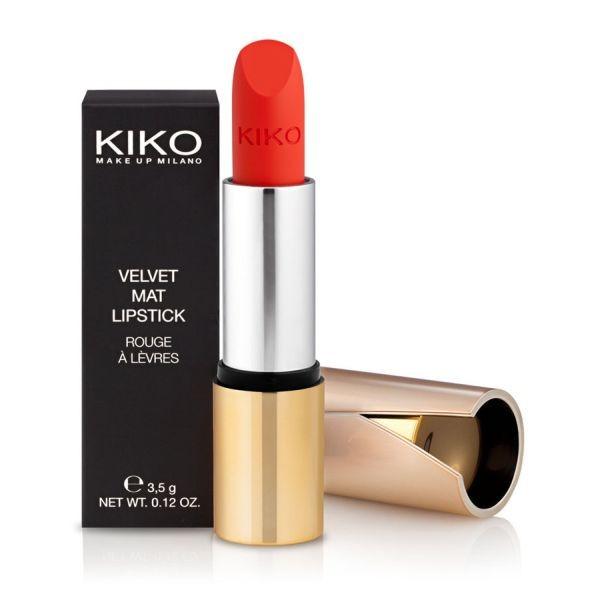 Per labbra come senza trucco c'è Kiko Velvet Mat – Satin Lipstick Beige nella tonalità Nudo