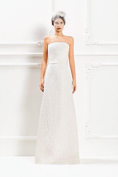 Semplice ed elegantissimo l'abito in broccato con bustier geometrico Max Mara Bridal Collection 2015