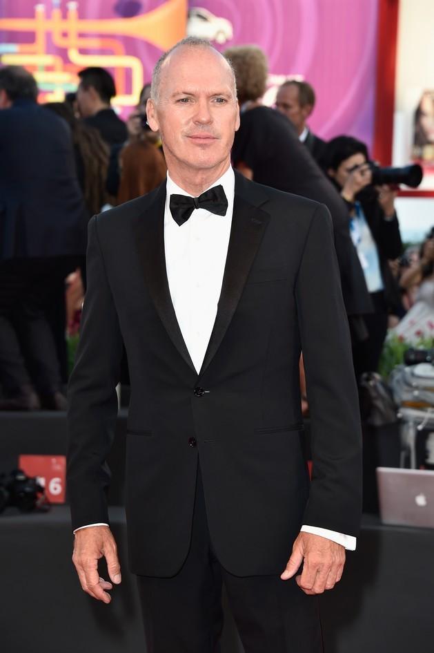 """Michael Keaton sul red carpet della Mostra del Cinema di Venezia 2014, per il film """"Birdman"""""""
