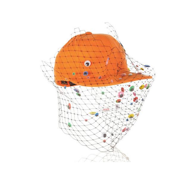 Piers Atckinson, baseball cap con veletta