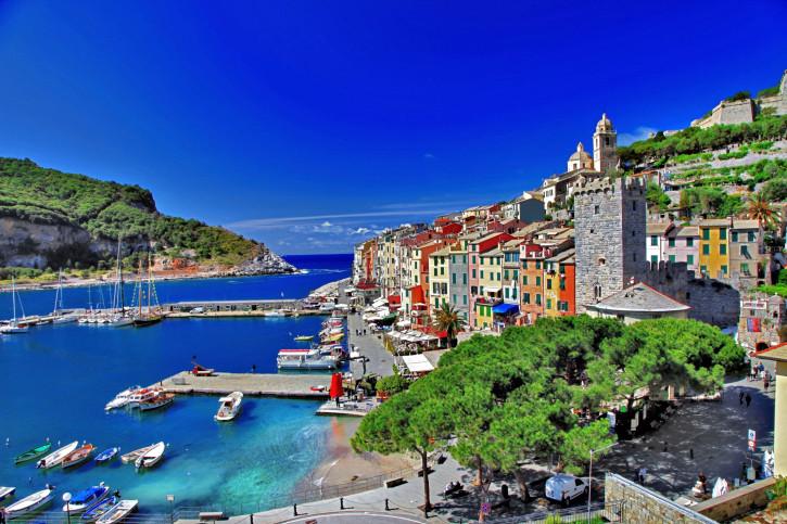 Benché non faccia parte delle Cinque Terre, Portovenere è una meta imprescindibile per il vostro tour ligure