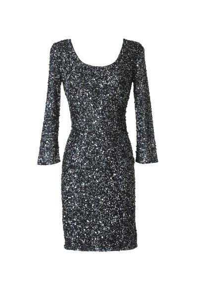 L'abito corto Asiha by Pronovias è caratterizzato da una cascata di paillettes, per un effetto brillante-sofisticato