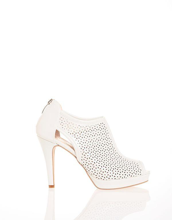 Ankle boots open toe traforato, di Pittarello, nella nuance bianca, con tacco alto