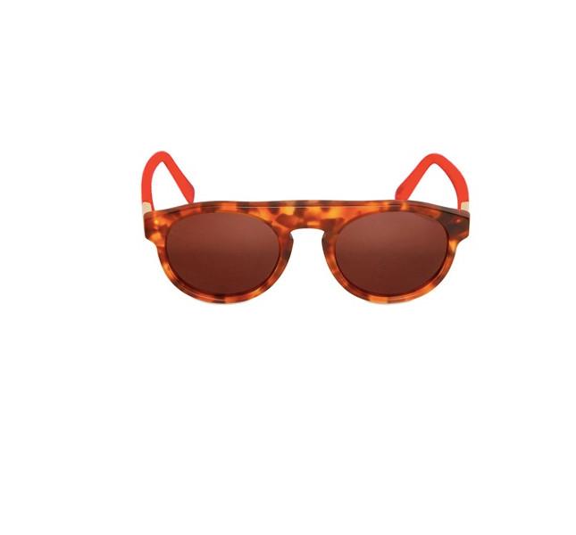 Eyewear: per l'estate azzardiamo con le fantasie. Qui, occhiale da sole maculato