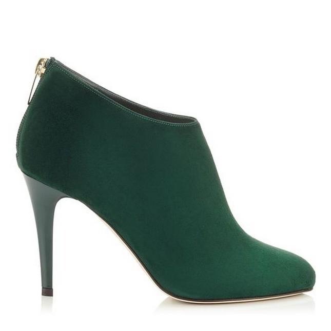 Stivale a tinta unita nel colore verde, modello Mendex con tacco, firmate Jimmy Choo