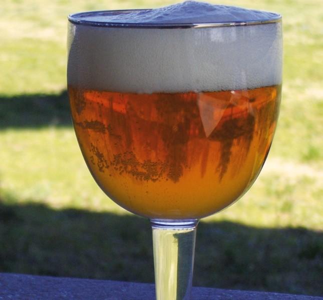 La birra Amber è perfetta per realizzare delle ottime frittelle di zucca, come si legge nell'ebook delle ricette e degli abbinamenti curato dai monaci
