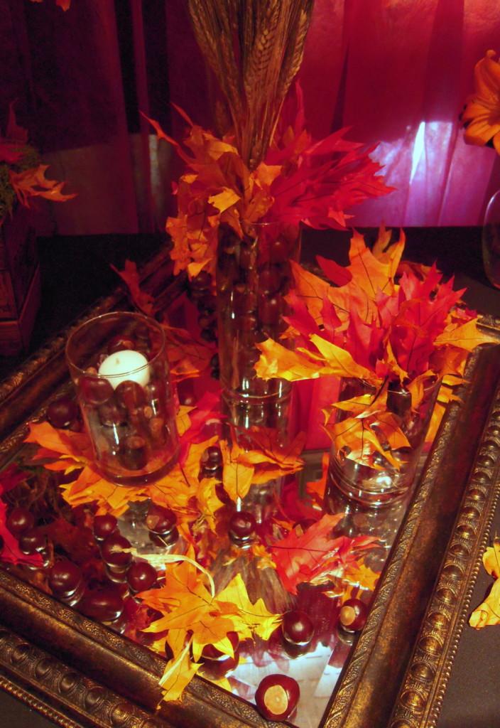 decorazione matrimonio autunno con dettagli di foglie gialle, rosse e arancioni