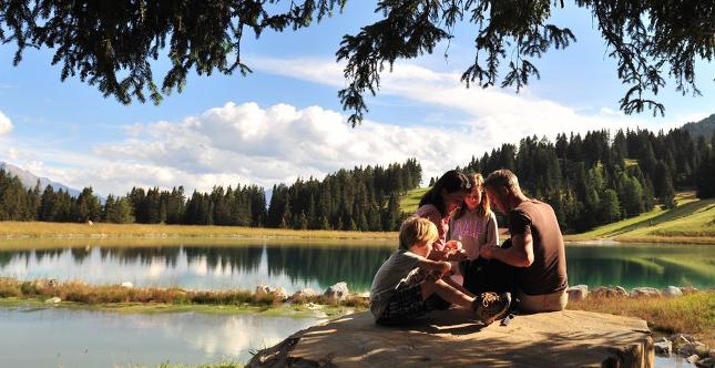 PRIVÀ Alpine Lodge: l'offerta per portare gratis i nonni in vacanza