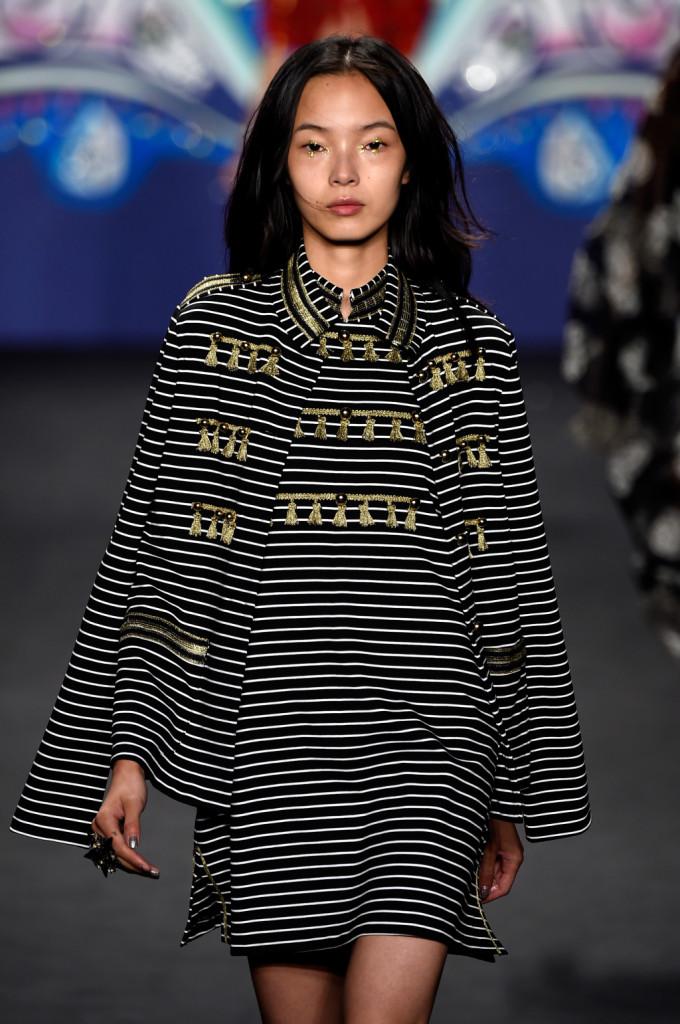 Vestito a maniche lunghe a righe stile navy (e un po' Beatles) / Anna Sui ss 2015
