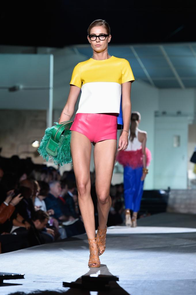 T-shirt e shorts ultra-vitaminici grazie all'acceso colorblock / Dsquared2 ss 2015