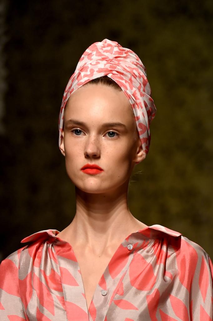 Donna Missoni con turbante