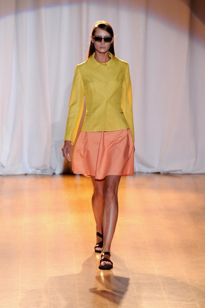 i colori basici si sfumano in nuances più delicate come il giallo sorebetto e il rosa
