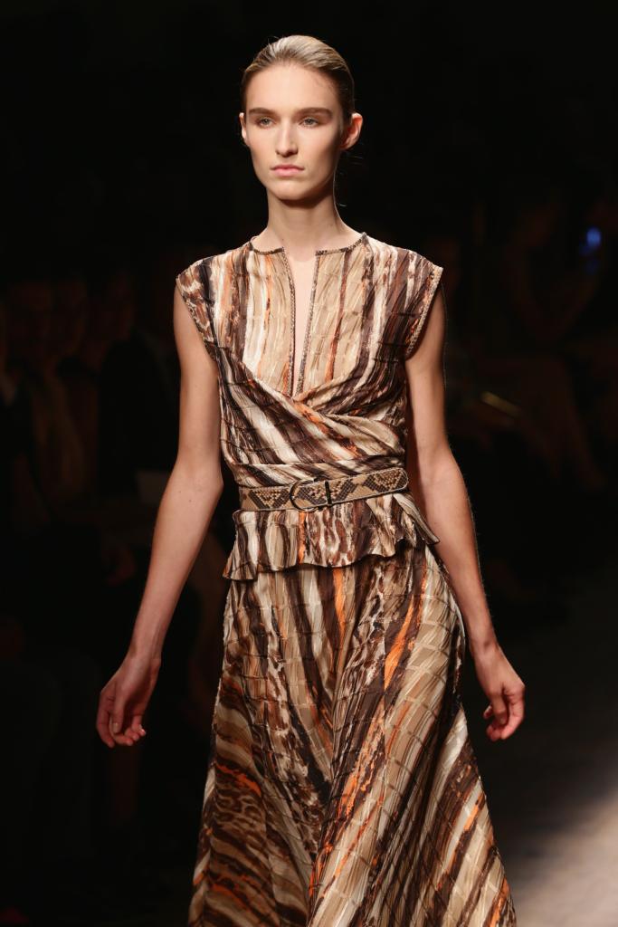 Silhouette Salvatore Ferragamo, abiti unici e pezzi di elevata fattura