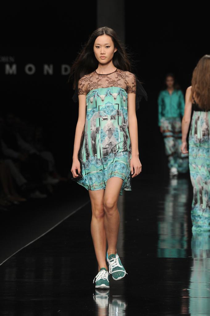 Mini abiti con trasparenze, azzurro e verde acqua by Richmond