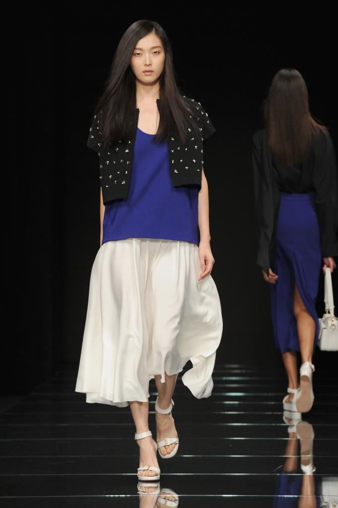 Top e gonna lunga oversize con mini gilet / Anteprima ss 2015 Milano Fashion Week