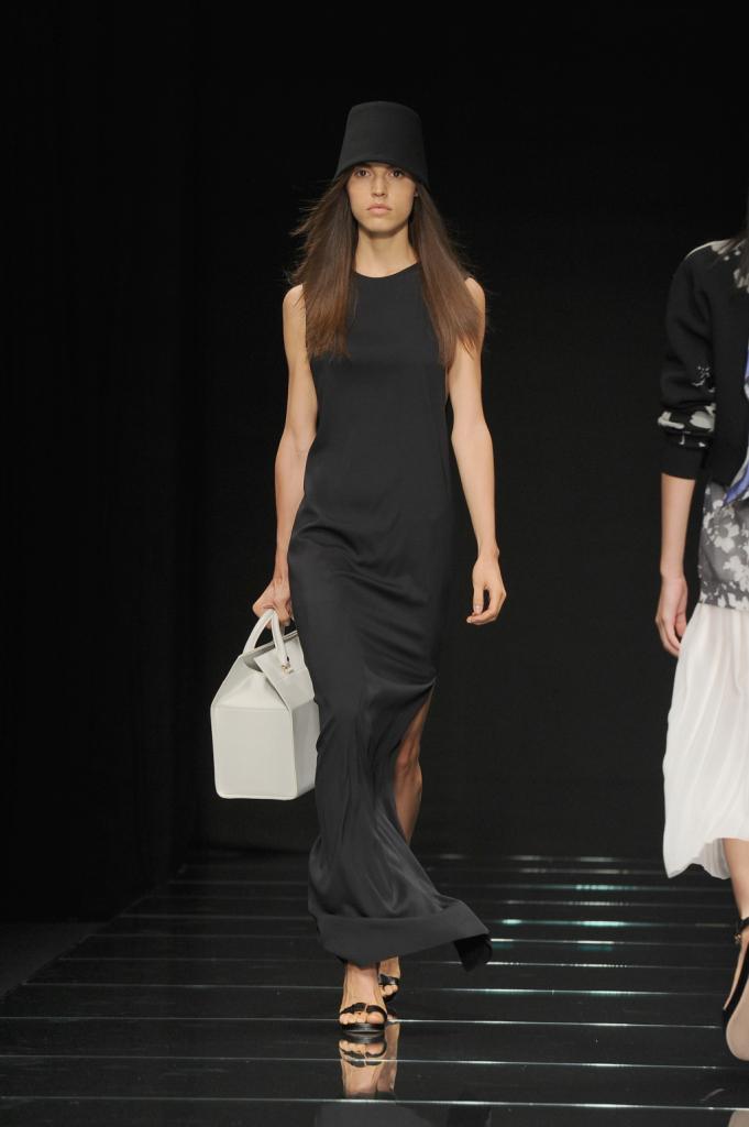 Abito lungo da sera con spacco laterale / Anteprima ss 2015 Milano Fashion Week