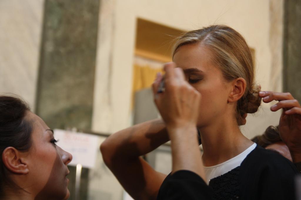 Make up nude e chignon bassi - Photo Credits: Giada Divisato