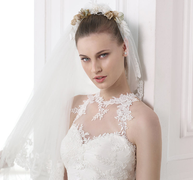 Linea Modern Bride, per le spose moderne, ricami in pizzo e dettagli di pregio.