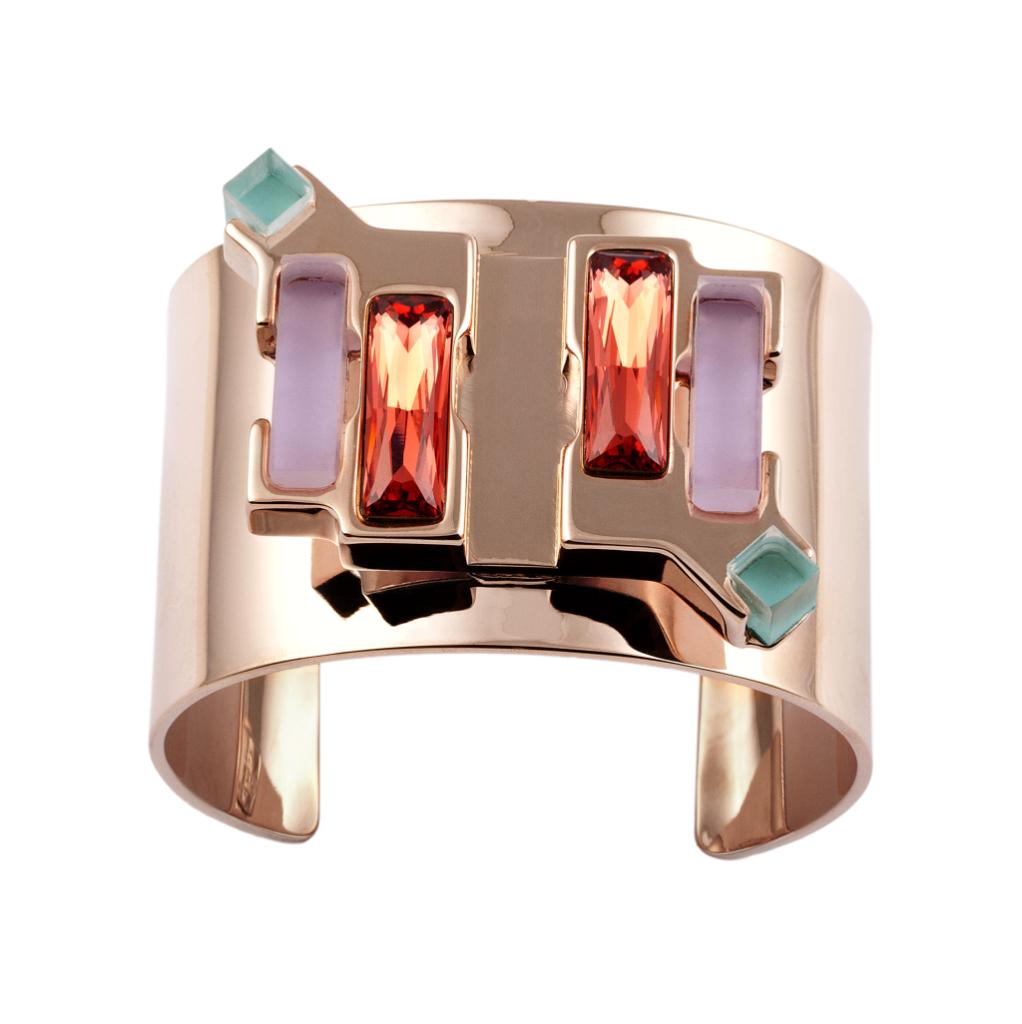 Bracciale in ottone bagnato nell'oro rosa, elementi in plexiglas  colorato e baguette swarovski - Giuliana Mancinelli Bonafaccia ss 2015