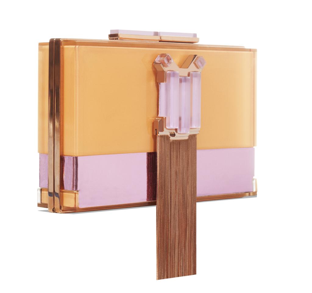 Clutch in plexiglas con applicazione in ottone bagnato in  oro rosa, elementi in plexiglas colorato e baguette swarovski.  Catena estraibile - Giuliana Mancinelli Bonafaccia ss 2015