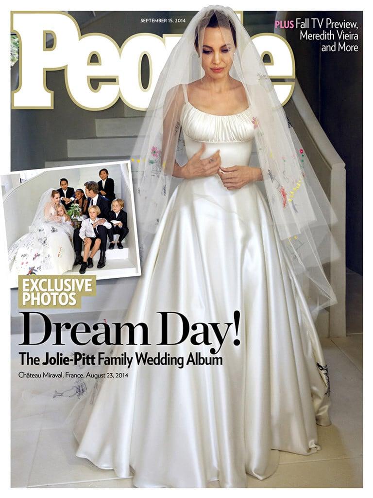 Angelina Jolie in abito da sposa sulla copertina di