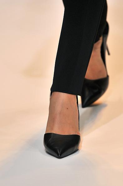 Una delle scarpe della sfilata
