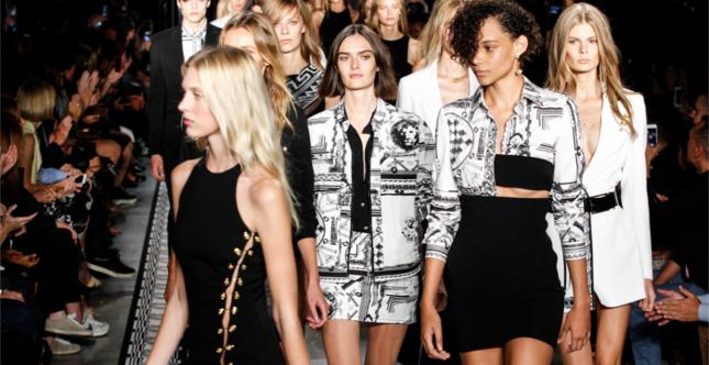 La sfilata Vers Versace ss 2015 alla NYFW