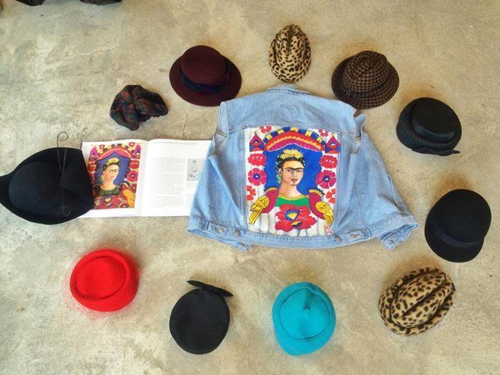Non solo turbanti: le ragazze di Sine Modus amano tutti i cappelli!