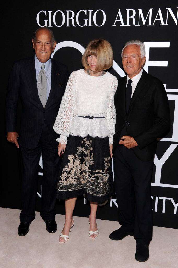 Oscar de la Renta in compagnia di Giorgio Armani e Anna Wintour, Direttrice di Vogue America