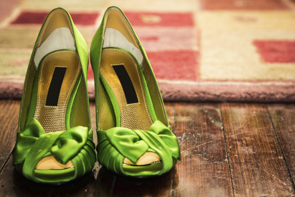 Il verde è un bel colore per le scarpe da sposa