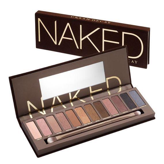 Con la celebre palette Urban Decay Naked è possibile realizzare un trucco occhi nude elegante e sofisticato...