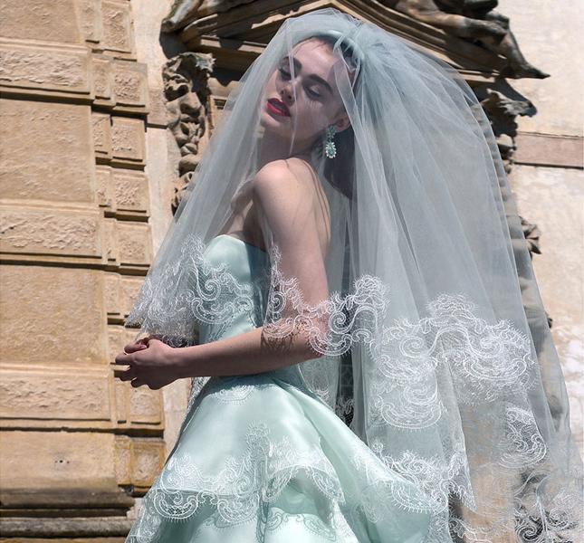 Abito Atelier Aimèe tiffany. Per spose super fashion.