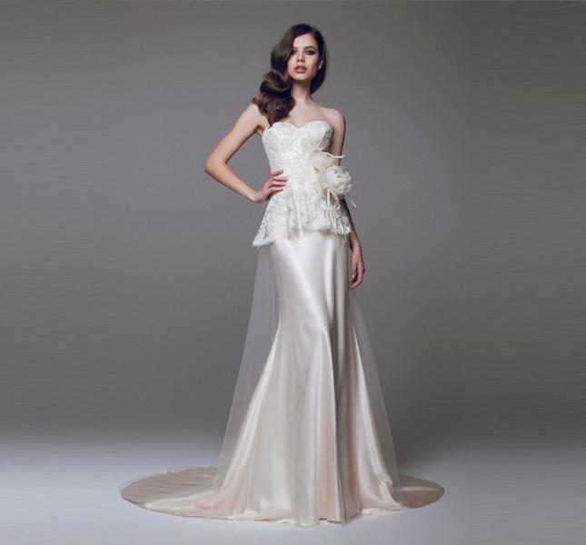 Blumarine sposa 2015 dal color champagne, per essere frizzanti con stile.