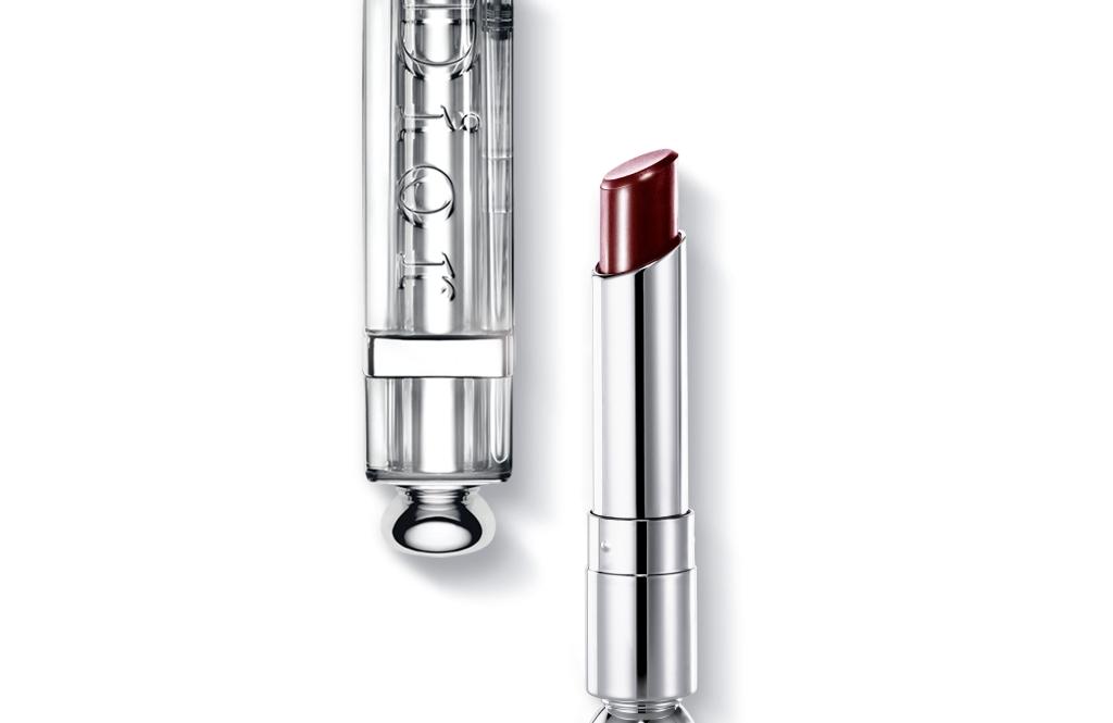 Addict lipstick, un bordeaux senza tempo in grado di esaltare le labbra lasciandole morbide a lungo_Dior