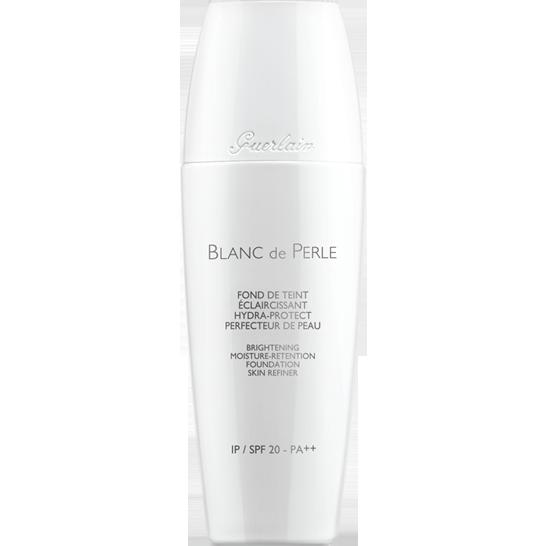 ... e l'innovativo fondotinta ad azione schiarente Guerlain Blanc de Perle
