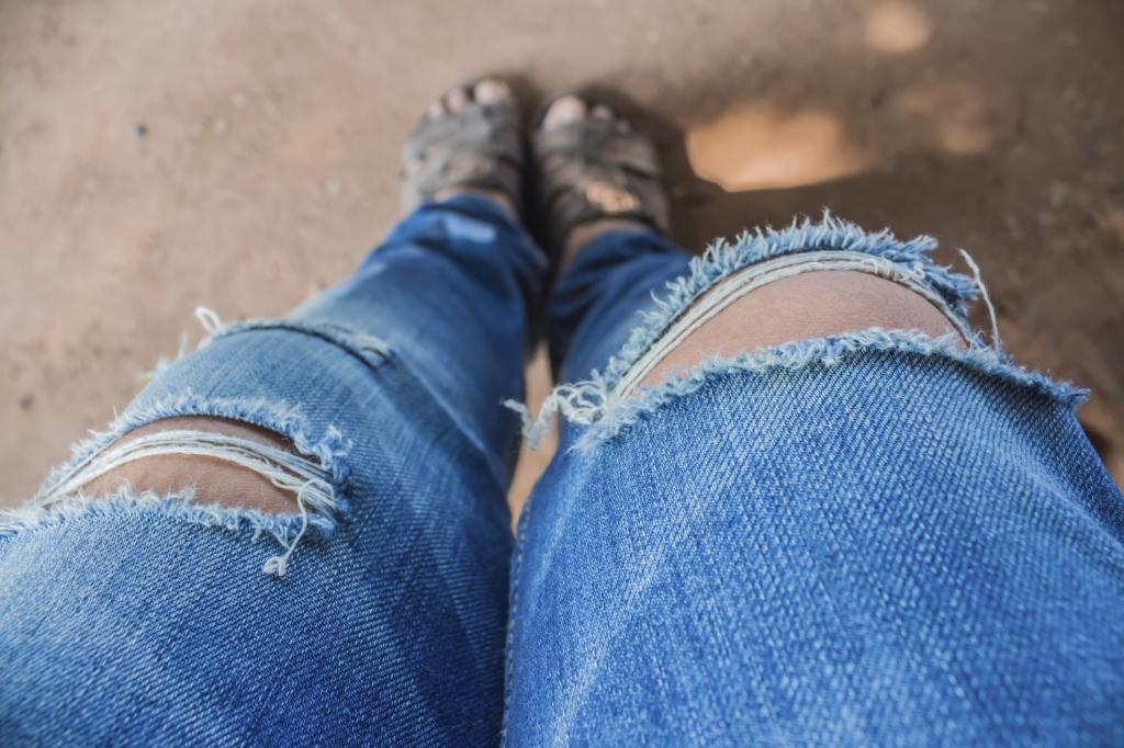 Jeans Strappati 1