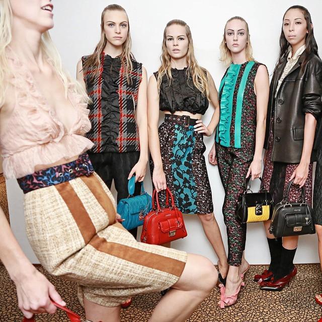 Miu Miu, PFW, collezione Primavera-Estate 2015: modelle nel backstage