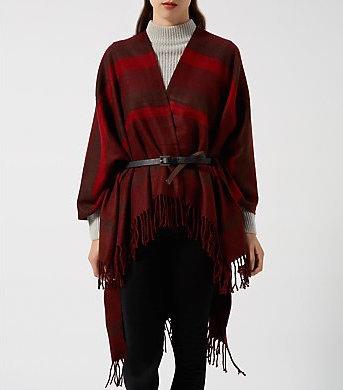 Rosso degradé per il poncho New Look