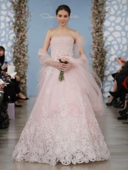 Vestiti Da Sposa Rosa Antico.Oscar De La Renta Abito Sposa Rosa Unadonna It Il Magazine