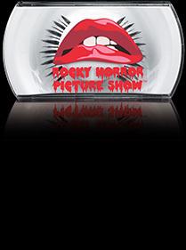 Per occhi protagonisti e un effetto teatrale MAC Cosmetics propone le ciglia finte Rocky Horror 7 Lash