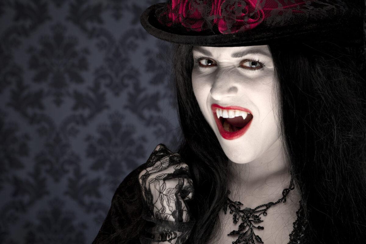 Trucco per Halloween: una notte da vampiro